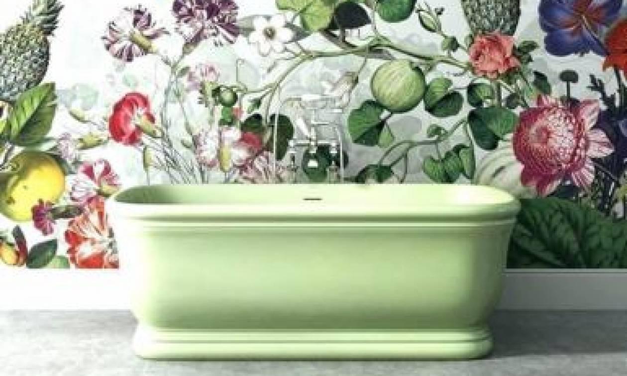 Εντυπωσιακές ταπετσαρίες για μία εξωτική ατμόσφαιρα στο μπάνιο