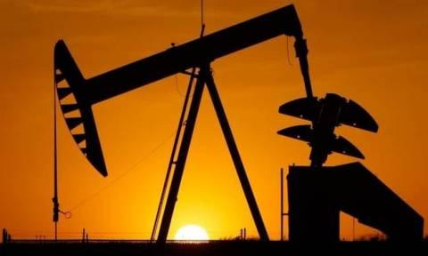 Μεγάλη πτώση σημειώνουν οι τιμές του πετρελαίου