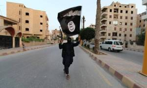 Telegraph: Μυστικές ανταλλαγές κρατουμένων με το ISIS