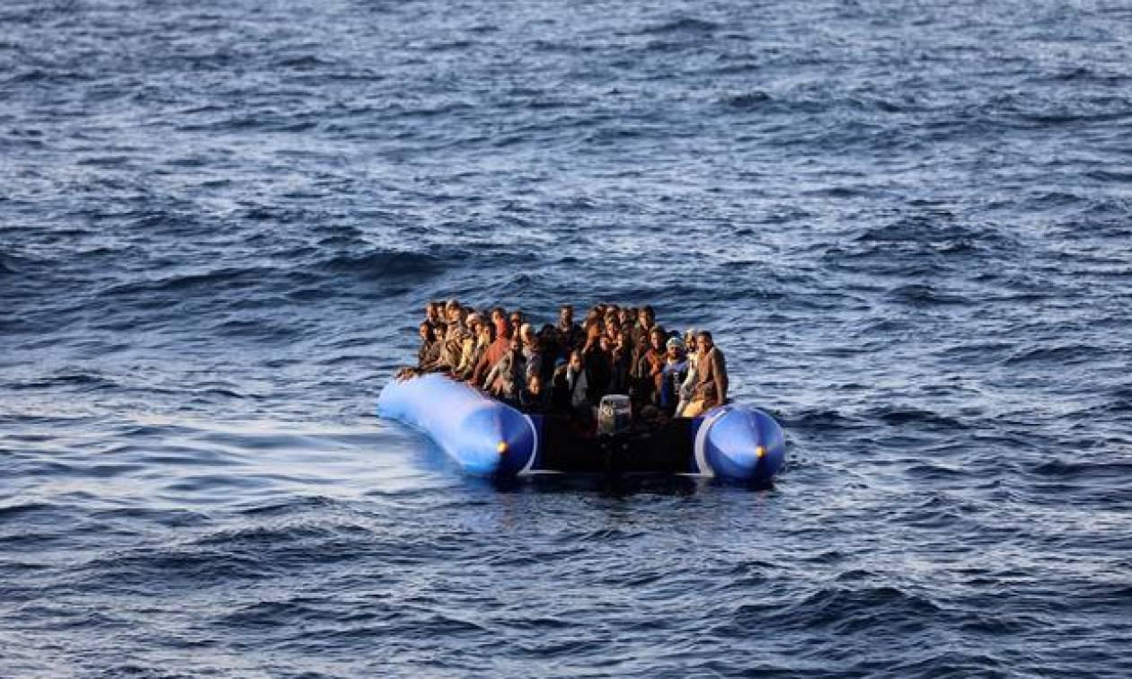 Ιταλία: Η ακτοφυλακή ανταποκρίθηκε στην έκκληση για βοήθεια 500 μεταναστών στα λιβυκά χωρικά ύδατα