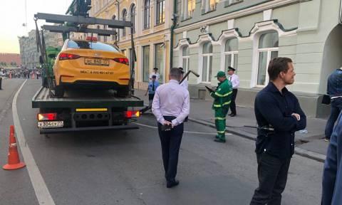 Наехавший на пешеходов в Москве таксист заявил, что уснул за рулем