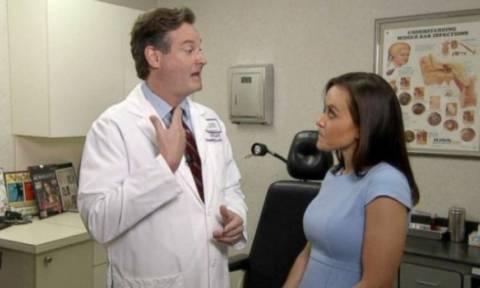 Φοβερό: Γιατρός είδε κατά τύχη γυναίκα στην τηλεόραση και της εντόπισε όγκο! (video)