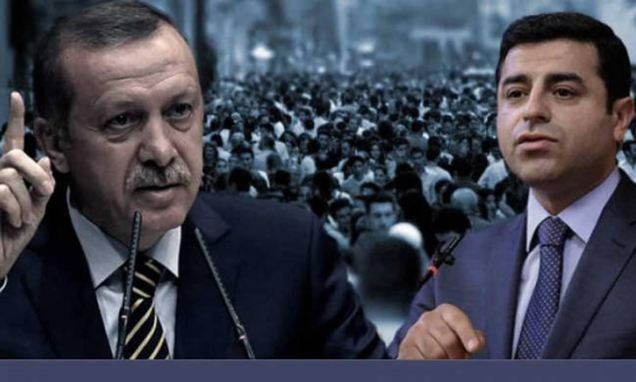 Δριμύ κατηγορώ Ντεμιρτάς προς ΕΕ: Πώς μπορείτε να κλείνετε τα μάτια απέναντι στον Ερντογάν;