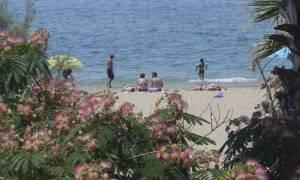 Αυτές είναι οι κατάλληλες, οι ακατάλληλες και οι άκρως επικίνδυνες παραλίες της Αττικής (ΛΙΣΤΑ)