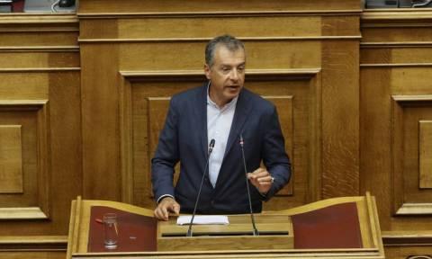 Σταύρος Θεοδωράκης: Θα ψηφίσουμε τη συμφωνία, αλλά δεν θα στηρίξουμε την κυβέρνηση
