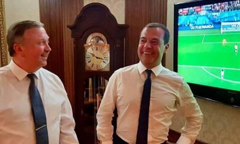 Медведев поделился в Сети радостью от триумфа сборной РФ