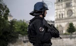 Γαλλία: Συνελήφθη άντρας με μαχαίρι - Φώναζε «Αλλάχου Ακμπάρ» και απειλούσε περαστικούς