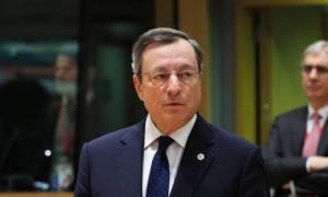 Ντράγκι: Η υιοθέτηση του πακέτου των μέτρων θα βελτιώσει τη βιωσιμότητα του ελληνικού χρέους