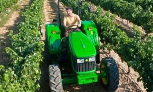 ΑΑΔΕ: Με την κλίμακα μισθωτών η φορολόγηση των κερδών από αγροτική δραστηριότητα