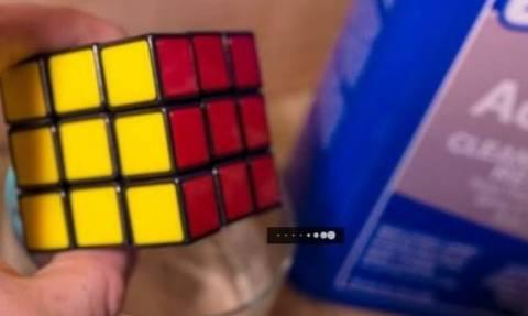 Βάζει έναν κύβο του Ρούμπικ σε ασετόν - Δεν φαντάζεστε τι συμβαίνει (video)