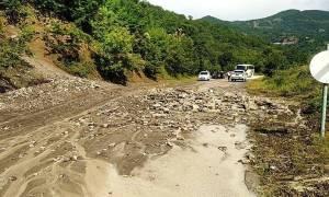 Προβλήματα από την κακοκαιρία: Διακόπηκε η κυκλοφορία στην Ε.Ο. Ιωαννίνων - Κοζάνης
