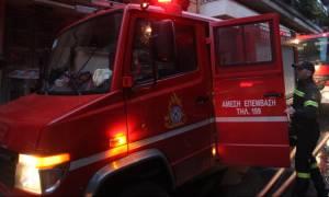Μαρούσι: Φωτιά σε υπαίθριο χώρο στην οδό Μεσογείων (pic)