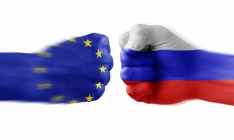 Με παράταση των κυρώσεων χτυπά τη Ρωσία η Ευρωπαϊκή Ένωση