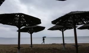 Η ΕΜΥ προειδοποιεί: Προσοχή τις επόμενες ώρες - Ραγδαία επιδείνωση με καταιγίδες και χαλάζι
