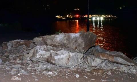 Εικόνες ΣΟΚ: Μεγάλη κατολίσθηση στο Ναύπλιο (vid)