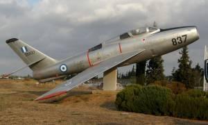 Συναγερμός στο Τατόι: Αυτοκίνητο εισέβαλε με μεγάλη ταχύτητα στην Αεροπορική Βάση