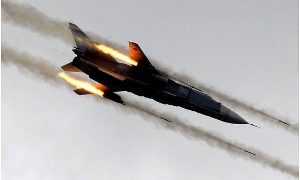 Συρία: Ρωσικά αεροσκάφη εξαπέλυσαν επιδρομές για πρώτη φορά μετά από τη συμφωνία εκεχειρίας του 2017