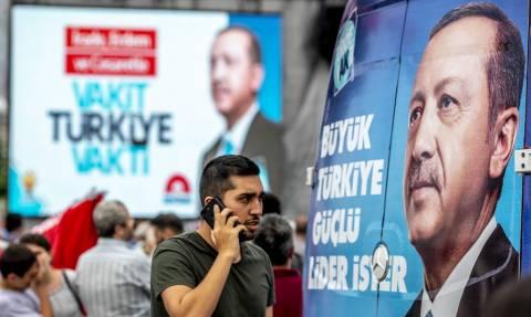 Εκλογές Τουρκία: Οι άγνωστες πτυχές από τη ζωή του Ερντογάν (vid)