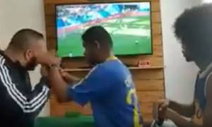 Βίντεο που ραγίζει καρδιές στο Μουντιάλ: Τυφλός και κωφός Βραζιλιάνος «βλέπει» το γκολ του Κουτίνιο
