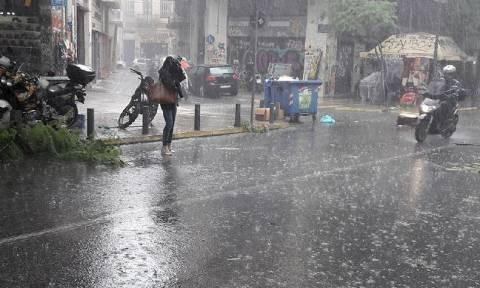 Καιρός: H «Νεφέλη» σκεπάζει την Ελλάδα - Έρχονται έντονα φαινόμενα