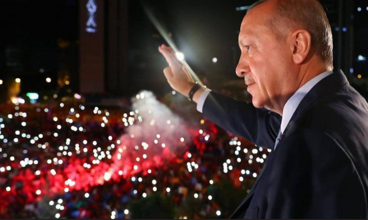 Εκλογές Τουρκία: Απόλυτος «σουλτάνος» ο Ερντογάν - Πήρε και Προεδρία και Βουλή (Pics+Vid)