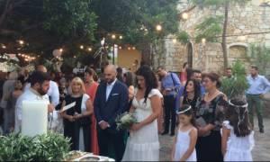 Κρήτη: Παραμυθένιος γάμος στο παραδοσιακό χωριό Αρόλιθος (pics&vid)