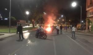 Θεσσαλονίκη: Σοβαρά επεισόδια σε εκδήλωση για το Σκοπιανό - Πετροπόλεμος και χημικά (pics &vids)
