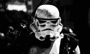 Star Wars: Έτσι «γεννήθηκε» ο Stormtrooper η πιο διάσημη μορφή της ποπ κουλτούρας (Pics+Vids)