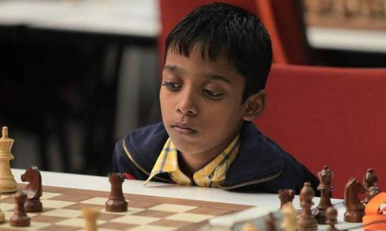 Παιδί-θαύμα: Αυτός ο 12χρονος μόλις έγινε διεθνής Γκραν Μετρ στο σκάκι (Pics+Vid)