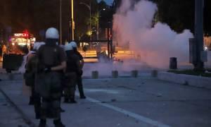 Θεσσαλονίκη: Πέντε συλλήψεις για τα επεισόδια έξω από τη ΔΕΘ (pics)