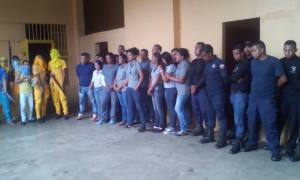 «Θρίλερ» ομηρείας σε φυλακές στη Βενεζουέλα - Κρατούν 30 σωφρονιστικούς υπαλλήλους (Pics)