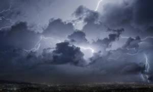 Καιρός: Η «Νεφέλη» σαρώνει τη χώρα - Προσοχή τις επόμενες ώρες