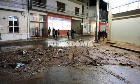 Грецию атаковала непогода: затоплены дороги и дома