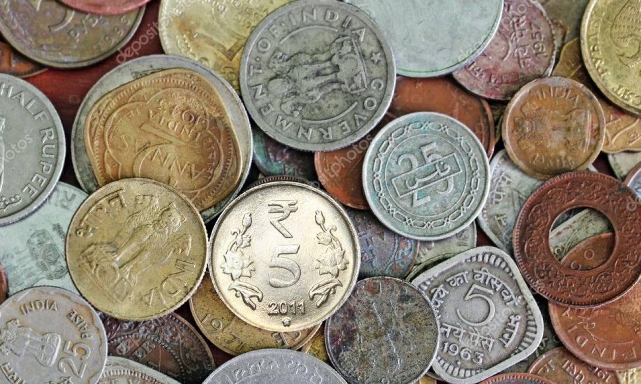 Μάζεψε παλαιά κέρματα κι έφτιαξε κάτι εντυπωσιακό! Θα το δοκιμάσετε κι εσείς... (video)