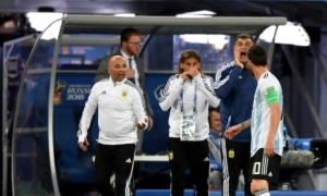 Απίστευτο και όμως… αργεντίνικο: Ο Σαμπάολι ρωτά τον Μέσι για να βάλει τον Αγουέρο στον αγώνα! (vid)