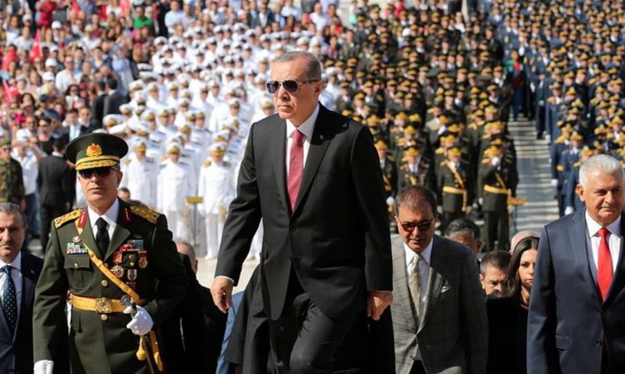 Χούντα στην Τουρκία: Συνέλαβαν βουλευτή που είχε αποκαλύψει σκάνδαλο διαφθοράς του Ερντογάν