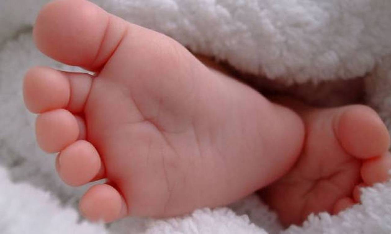 Θρίλερ στο Μεσολόγγι με μυστήριο θάνατο νεογνού - Τι καταγγέλλουν οι γονείς