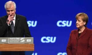 Πολιτικό θρίλερ στη Γερμανία: Τελεσίγραφο τριών ημερών στην Μέρκελ από τον Ζέεχοφερ