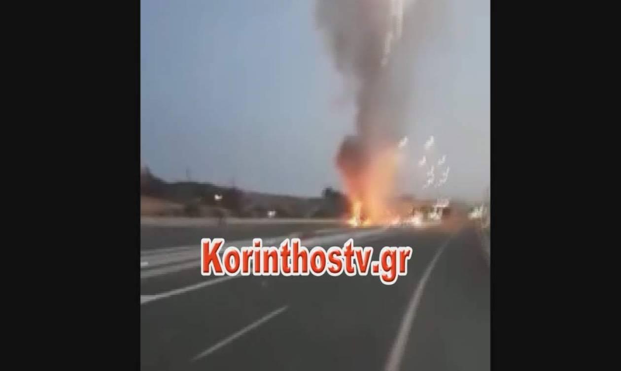 Εικόνες - σοκ στην Εθνική Κορίνθου – Πατρών: Φορτηγό τυλίγεται στις φλόγες