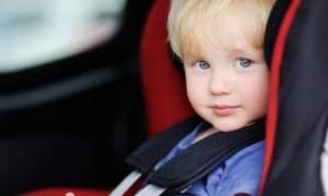 Η ΕΛ.ΑΣ. προειδοποιεί: Μην αφήσετε το παιδί στο αμάξι! (photo)