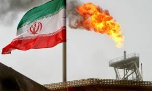Αποφασισμένη η Ουάσιγκτον να «εκμηδενίσει» τις εξαγωγές πετρελαίου του Ιράν