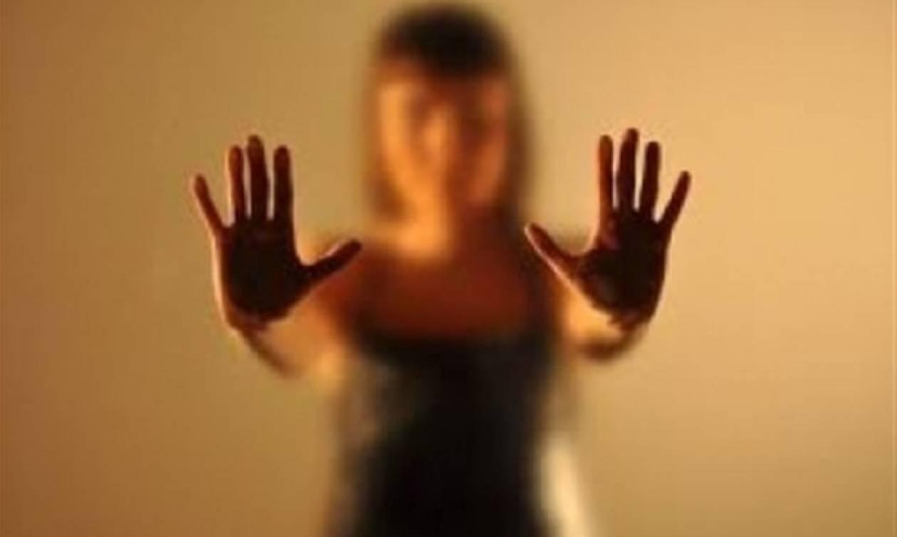 Θεσσαλονίκη: Σε απολογία οι τρεις νεαροί που κατηγορούνται για το βιασμό 22χρονης σε τουαλέτες