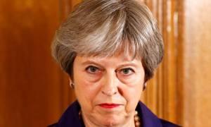 Brexit: Λίγο πριν από την κρίσιμη υπουργική συνάντηση η Μέι ζητά ενότητα