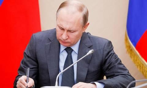 Путин подписал закон о широком общественном наблюдении на выборах всех уровней