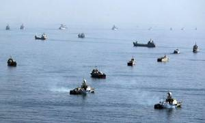 «Θα γονατίσουμε την αγορά πετρελαίου»: Το Ιράν έτοιμο να κλείσει τα Στενά του Ορμούζ