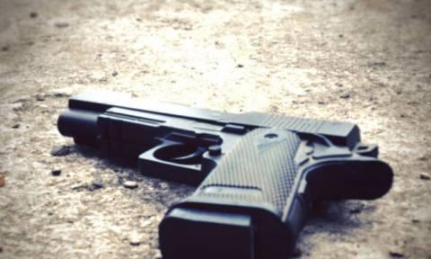 Απίστευτο: Βρέθηκε πιστόλι αστυνομικού στη μέση του δρόμου για λόγο που ούτε καν φαντάζεστε