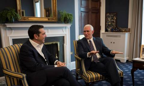 Τηλεφωνική επικοινωνία Τσίπρα - Πενς: Εύσημα ΗΠΑ για το Σκοπιανό