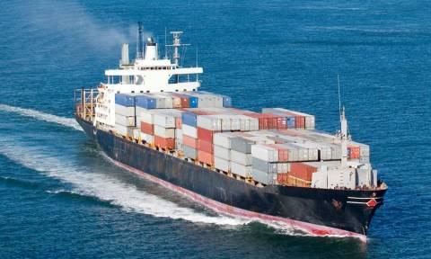 Συναγερμός: Μέλος πληρώματος εξαφανίστηκε από πλοίο που μεταφέρει βράχους από την Ελλάδα
