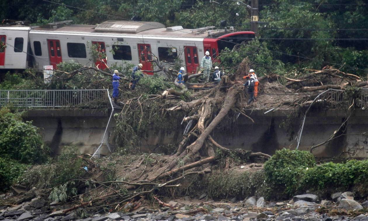 Τραγωδία στην Ιαπωνία: 49 οι νεκροί από τις καταρρακτώδεις βροχές και οι καταιγίδες συνεχίζονται