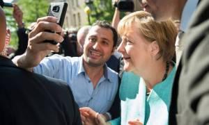 Η Μέρκελ δεν είναι πια η «καγκελάριος των προσφύγων» - Τι άλλαξε σε τρία χρόνια